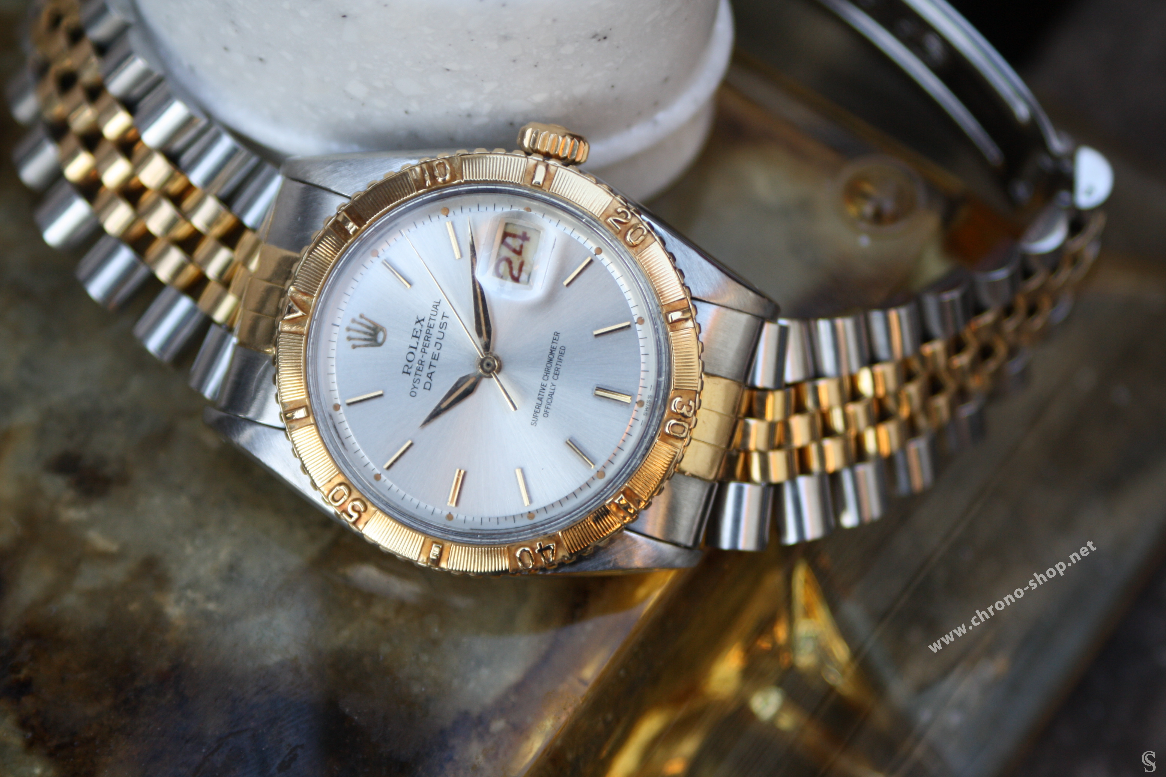 Rolex Genuine & discontinued Thunderbird Turn-O-Graph Datejust ref 6609 watch case project from 60's