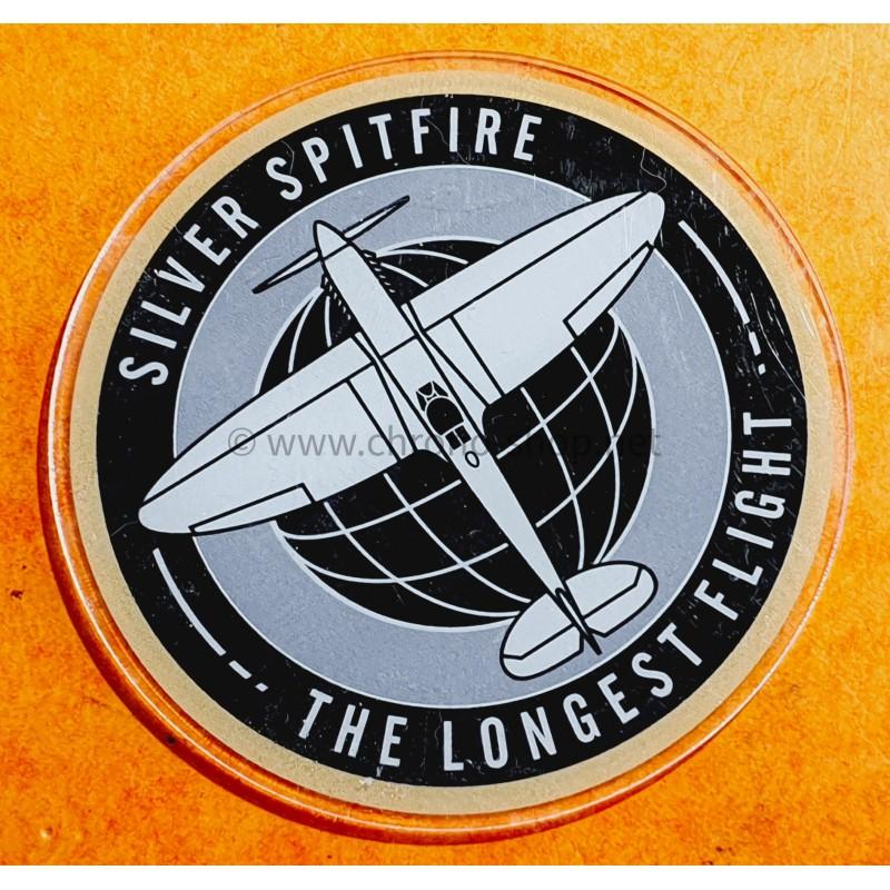 IWC SPITFIRE THE LONGEST FLIGHT SILVER SPITFIRE SOUS VERRE, SOUS BOCK PLASTIQUE PUBLICITAIRE
