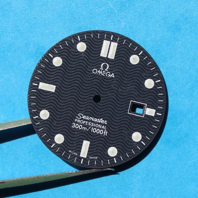 "Original Vintage ""faded blue"" OMEGA Seamaster Date Professional 300m Dark Watch Dial Men's James bond 007 30.50mm diamter"
