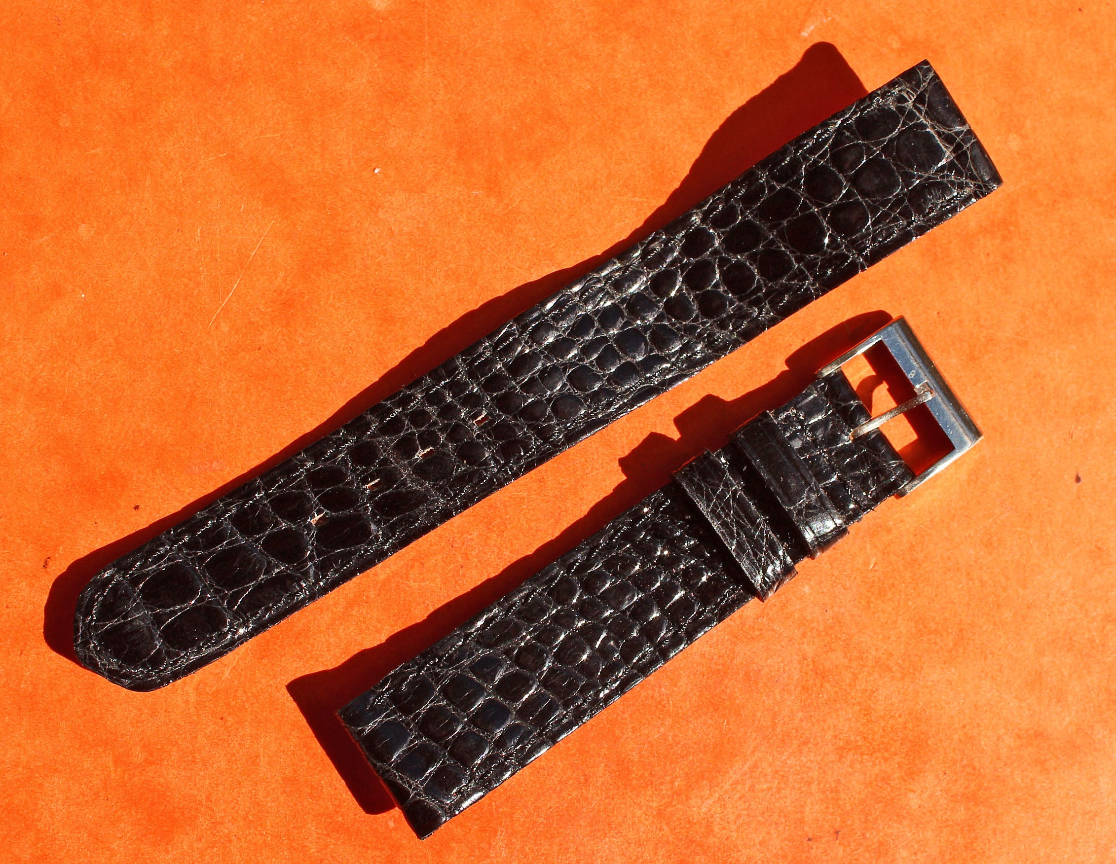 VINTAGE 80's LEATHER CROCODILE WATCHES STRAP BLACK COLOR 16mm WITH BUCKLE