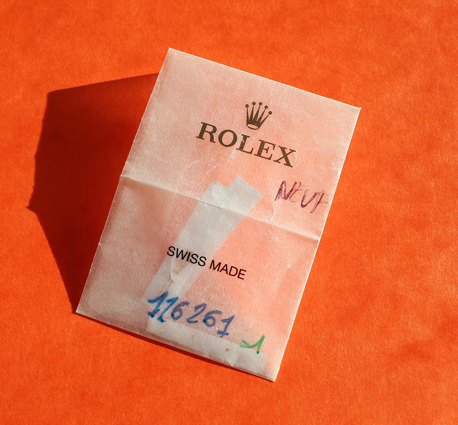 ROLEX VINTAGE SET AIGUILLES TRITIUM MONTRES SUBMARINER DATE TRANSITION ref 16800, 168000, 16610 couleur vanille cal 3035, 3135
