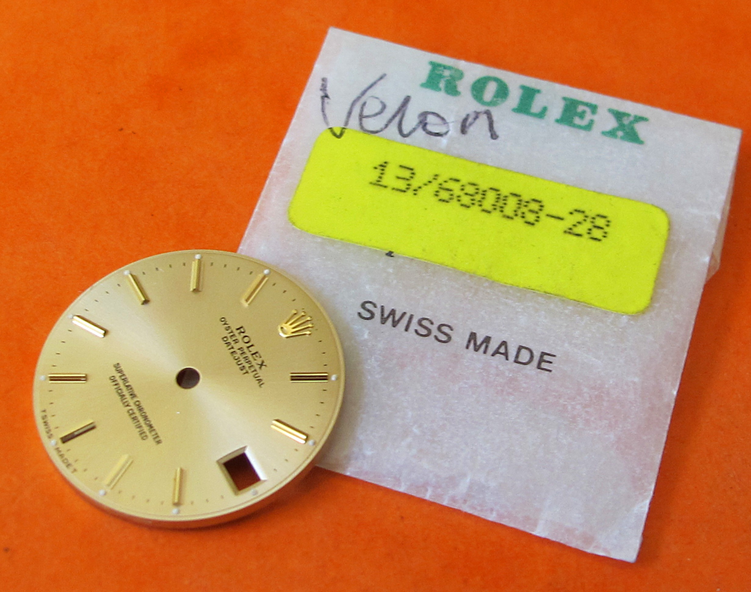ROLEX MEDIUM DATEJUST OYSTER PERPETUAL GOLD DIAL REF 68008