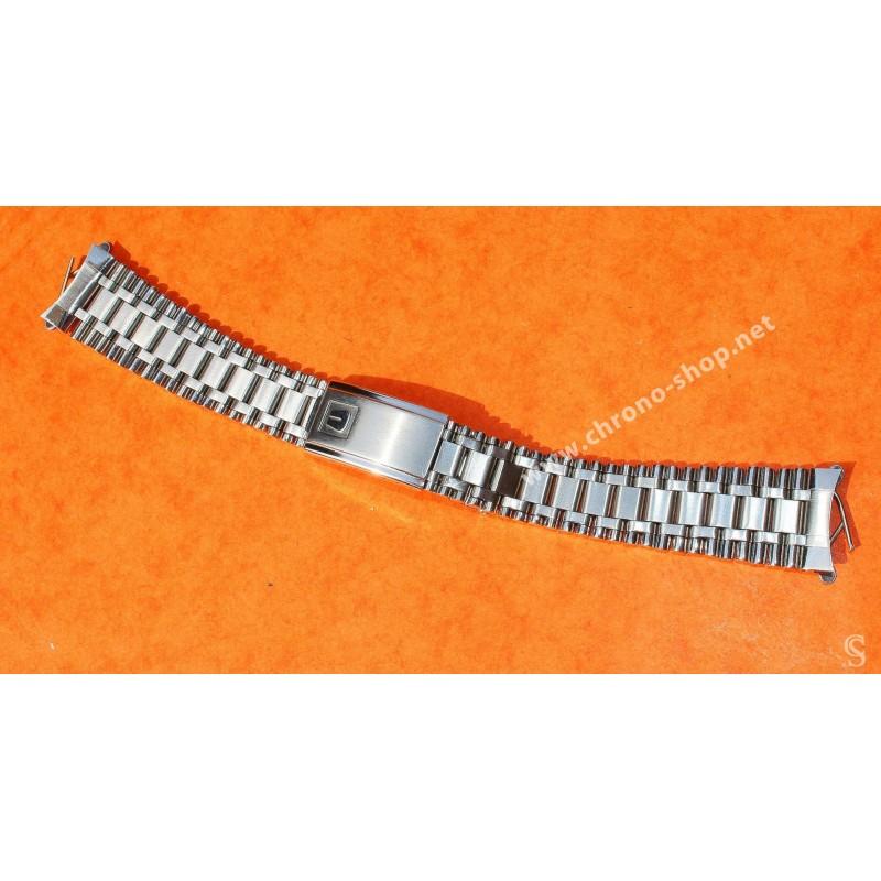 UNIVERSAL GENEVE Rare Mint 1971 Vintage Watch Bracelet 19mm Watch calendar chronograph Tri compax ref 881102/02, 881.101/03